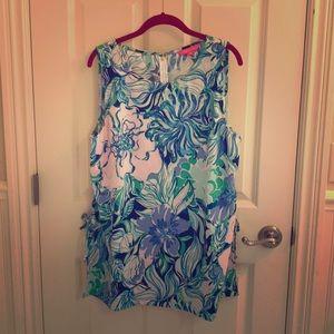 Donna tunic size xl